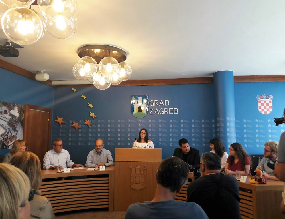 Konferencija za novinare u Gradskom poglavarstvu