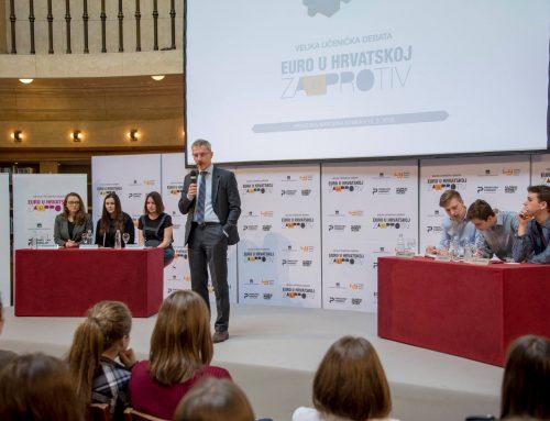 Više od 200 učenika sudjelovalo u debati o budućnosti novca